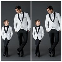 Wholesale Ivory Wedding Tuxedos For Boys - Custom Made 2017 New Fashion Groom Tuxedos Men's Wedding Dress Prom Suits Father And Boy Tuxedos (Jacket+Pants+Bow) Formal Wear For Men Boy