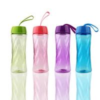 cuerda de la taza al por mayor-Portable Space Cup Student Drinking Gifts Bicicleta al aire libre Filtración de plástico Botellas de agua con Lift Rope Colorful 3 99hy C R