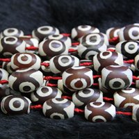 kırmızı göz sarkıt toptan satış-Doğal Kırmızı Beyaz Gözler Boncuk, Tibet Dzi Akik Boncuk, Varil Boncuk Taş Kuvars Druzy Akik Kolye Kolye Takı Yapma Konektörü