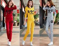 ingrosso vestiti di marca coreani che spedicono liberamente-Le donne della tuta delle nuove donne di arrivo di trasporto libero regolano il rivestimento sottile casuale del cappotto + dei pantaloni di sport del vestito casuale della moda coreana delle donne
