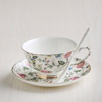 Hotsale Wholesale Classic Bone China tazas de té de cerámica Inglaterra Royal Coffee tazas de té y platillos set Wedding Gife Box