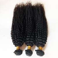 32 inç sapık kıvırcık saç toptan satış-Islak ve Dalgalı Brezilyalı İnsan Saç Paketler Sapıkça Kıvırcık Fabrika toptan ve perakende gerçekten Perulu Malezya Hint saç atkı Yok arapsaçı