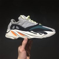Wholesale pu soft materials - Calabasas 700 Runner Boost Kanye West Running Shoes soft Boost bottom 3M material UV Light men Running boost