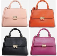 AD364 Moda moderna in metallo solido trapuntato in pelle PU donne lady girl borsa a tracolla crossbody singapore