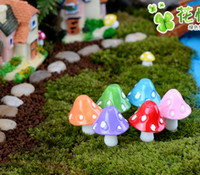Wholesale 20pcs mushroom miniature fairy figurines garden gnomes decoracion jardin mushroom garden ornaments resin craft Micro Landscape