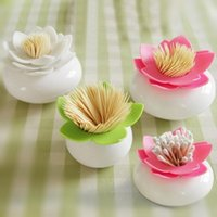 Vente en gros - 1 pc Nouveaux colorés Durable coton Swab Toothpick Holder Case Bud Box Lotus Vase Décoration
