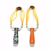 ingrosso fionde camuffamento-Potente Slingshot Sling Shot Lega di alluminio Camouflage Legno Slingshot Caccia esterna Arco Catapulta Giochi di tiro Accessori