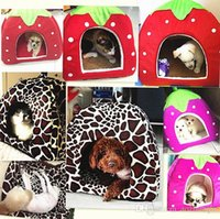 Wholesale House Dog Kennels - Strawberry Pet Dog Cat Bed Houses Lovery Warm Doggy Kennel 5 Size 5 Colors Available Sale