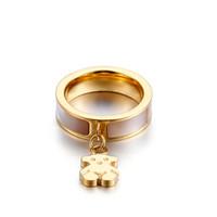 Wholesale valentine engagement - Female American pop new titanium ring ring Valentine jewelry lady bear