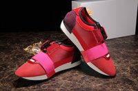 Wholesale Italian Fashion Free Shipping - Italian brands are shipped free of 2017 Popular Runner Mesh Shoes Lace-up Patchwork Mixed Colors Low Cut Fashion Couple Casual Walking Shoes