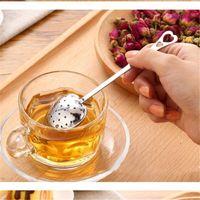 cuchara corazón al por mayor-Tea Ball Spoon en forma de corazón infusor de té Mesh Ball Colador Inoxidable Herbal Locking Tea Infuser Spoon Filter