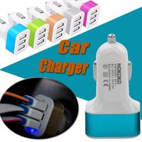 Car Charger Mini Traver Adaptador Universal Car Plug Triple 3 USB Ports USB Cargador para iPhone X iPad iPod Samsung Nota 8 S8 Plus S7 S6 Edge