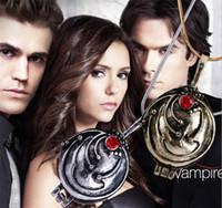 vampir günlükleri erkekler toptan satış-Toptan-The Vampire Diaries kolye Elena Gilbert erkekler ve kadınlar için vintage vervain verbena kolye takı toptan