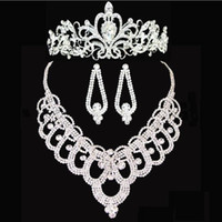 Wholesale Pearl Pierced Earrings - Bridal crowns Accessories Tiaras Hair Necklace Earrings Accessories Wedding Jewelry Sets cheap price fashion style bride HT143