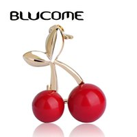 Wholesale Suit Wedding Star - Fashion Gold Wedding Red Cherry Brooches Suit Collar Pin Hijab Pins Up Women Dress Scarf Clips Sweet Fruit Jewelry Corsages