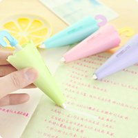 Kawaii Stylo Rose Pas Cher-Gros- (12 Pieces / Lot) mignon pour l'école Parapluie Shape Correction Tape Correction Kawaii Pen Papeterie Kawaii Vert Bleu Violet Rose Mix