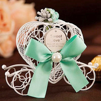 Wholesale Cinderella Carriage Candy Boxes - Europen Style Iron Small Cinderella Carriage Candy Box Baby Shower Favor Love Heart Candy Boxes Wedding Decor Party Supplies ZA1303