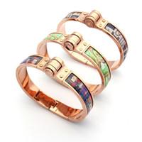 Wholesale H Links - Titanium steel bracelet jewelry wholesale color paste Ms. H bracelet 18K gold foreign trade women's bracelet