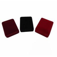 caja de joyas collares al por mayor-Comercio al por mayor 20 Unids caja de Exhibición de la Joyería rectángulo 3 Colores Terciopelo Pendiente Caja de Regalo de Almacenamiento colgante Collar Organizador Holder caja de regalo