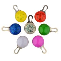 Wholesale Christmas Flashing Light Necklace Wholesale - Novelty Dog Cat Necklace Lamp LED Safety Silicone Animal Dog Cat Night Light Flashing Colour Buckle Collar Pet Luminous