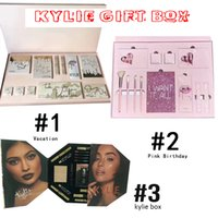 Wholesale Christmas Eyeshadow Palette - 2017 Kylie Vacation Edition Bundle Makeup set I WANT IT ALL The Birthday Collection Makeup Set Eyeshadow Palette Lip Gloss peacock box
