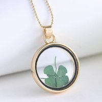 Wholesale Real Clover Necklace - 2016 New Exquisite St Patricks Day Four Leaf Clover Shamrock Real Dried Flower Necklace Pressed Botanical Round Locket Pendant Lucky Charm