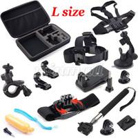 poignet de caméra achat en gros de-Big L Taille Collection Box Bag + Dragonne + Kits d'extension de casque Mont + Ceinture de poitrine pour le sport Action Camera Sjcam accessoires