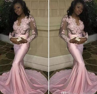 ingrosso abito nero nero-2017 Couple Fashion Black Girls Sheer Maniche lunghe Prom Dresses Modern Mermaid Appliqued Pink Evening Party Gowns Treno elasticizzato