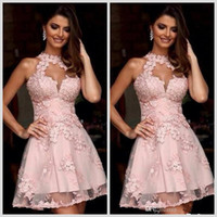 2018 New Illusion Collo alto Blush Pink Homecoming Abiti Sheer Neck Short Prom Abiti da festa Sleeveless Semi Abiti da cocktail formale 010