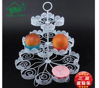 stiefel kuchen stehen großhandel-3 Tiers Weiß Spitze Eisen Tortenständer Kann 22 Kuchen Cupcake Halter Hochzeit Dekoration Dessert Display Rack