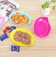 Wholesale Plastic Kitchen Plates - multicolor Environmental protection pp material trays Fruit dried candy Leaf shapedish Dishes Plates Kitchen ware wholesale free shipping