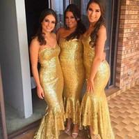 ouro alto baixo dama de honra vestidos venda por atacado-País Rose Gold Lantejoulas Vestidos de Dama de Honra 2017 Sereia Strapless Alta Baixa Dama de Honra Vestidos Para Jardim