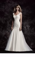 Wholesale Organza Blanca - 2016 Organza Mermaid Wedding Dress With Florals Applique Sleeveless V Neckline 4615 Paloma Blanca Abiti Da Sposa Sep