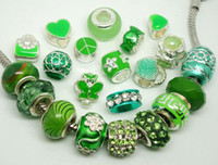 50pcs / Lot Mixed Green Charms Beads para la fabricación de joyas Big Hole DIY Beads for European Pulseras al por mayor a granel precio bajo