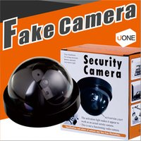 Fake Security Camera Indoor Outdoor Dummy Dome CCTV Camera IR CCD Camera Flahsing LED LED vermelho com pacote de varejo