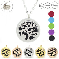 Wholesale Christmas Closures - with chain as gift! wholesale siver color 316L Stainless steel magnetic closure essential oil diffuser locket necklace
