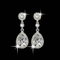 brincos longos de cristal de prata venda por atacado-Brilhando Moda Cristais Brincos de Prata Strass Longo Gota Brinco Para As Mulheres De Noiva Jóias 5 Cores Presente de Casamento Para O Amigo