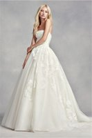 Wholesale Pearls Place - Strapless Tulle Wedding Dress VW351297 Embellished With Organically Placed Pearls Applique Lace Bridal Dress vestido de novia