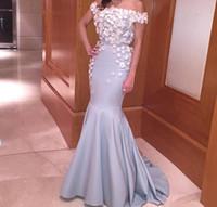 ingrosso abito satinato arabo-Prom Dresses 2016 Real Mermaid Bateau Neckline Off spalla 3D Flower Appliques Satin Corte dei treni Arabian Abiti da sera con maniche corte