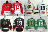 Juvenil Jonathan Toews Jersey Chicago Blackhawks Toews Jerseys 19 Niños Rojo Blanco Negro Verde Chicos Hockey Jersey C Patch S-XL