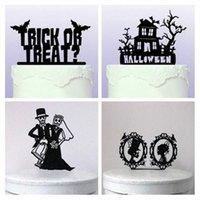 kafatası keki toptan satış-2017 Cadılar Bayramı Süslemeleri Siyah Akrilik Kafatası Etc Cadılar Bayramı Kek Topper 5 Stilleri Fantezi Parti Kek Takılı Kart