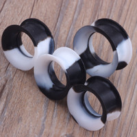 Wholesale Silicone Ear Stretchers - Soft Silicone Ear Gauges black white Multicolor Flesh Tunnels Stretcher Plugs Gauges Earskin Earlets Body Piercing Jewelry