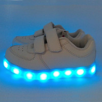 Wholesale girls running shoes online - Kids Led Sneakers Running Shoes White Black Different Flash Lights USB Sockets Recharge Sheep PU Leather Double Straps Boys Girls