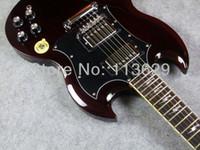 incrustations de guitares achat en gros de-Top Vente Personnalisé Thunderstruck AC DC Angus Jeune Signature SG Vieillie Cerise Vin Rouge Acajou Corps Guitare Électrique parafoudre