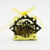 decorar caixa de doces venda por atacado-Novo Presente de Natal Caixas de Floco De Neve Sino De Natal De Corte A Laser de Chocolate Doce Presente Pacote de Saco de Caixas com Fita de Decoração Do Partido Do Chuveiro Do Bebê