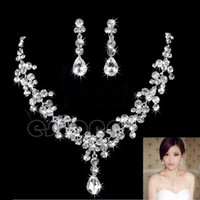 Wholesale Drops Earrings - 2016 Women's Fashion Bridal Rhinestone Crystal Drop Necklace Earring Plated Jewelry Set Wedding Earrings Pendant Cheap Free Shipping