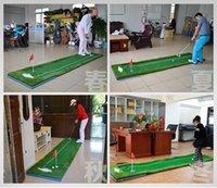 ingrosso coperte di spazzole-2016 il più nuovo sussidio di addestramento di golf Coperta di pratica di golf libera metta putter + pallina da golf + bandiera rossa + spazzola