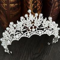 corona de quinceañera al por mayor-Perlas de diamantes de la boda coronas nupciales tocados diademas mujeres joyas de cristal tiaras fiesta al por mayor Quinceanera cumpleaños accesorios para el cabello