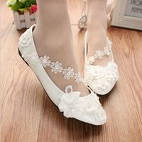 Wholesale flat shoes korean styles - Korean Style White Flower Lady Shoes for Spring Handmade Lace Shoes for Pary Weddind Bride Bridesmaid from Flat Inch to Inches Low Heel