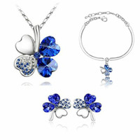 Wholesale Clover Earrings Austrian Crystal Necklace - Free Shipping Gifts Austrian Crystal Clover 4 Four Leaf 18K White Gold Plated Green Crystsal Necklace Earrings Bracelet Jewelry Sets